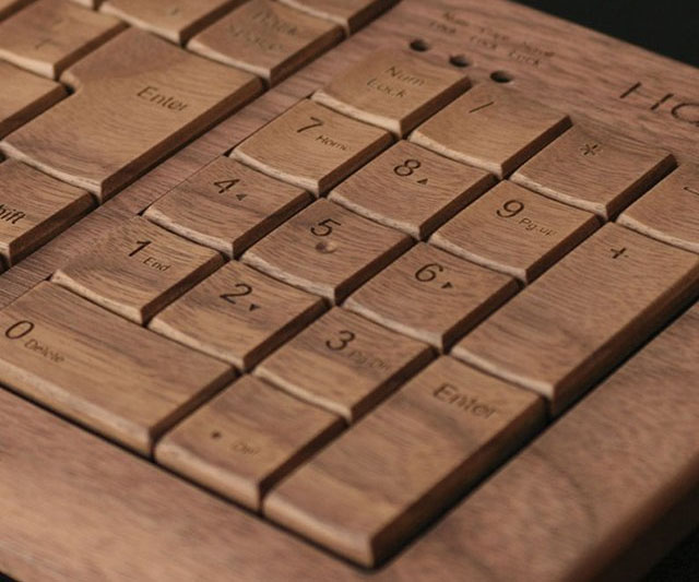 Bamboo Keyboard With Mouse 1