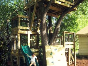 Custom Built Treehouses