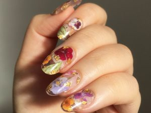 Dried Flowers Press On Nails 1