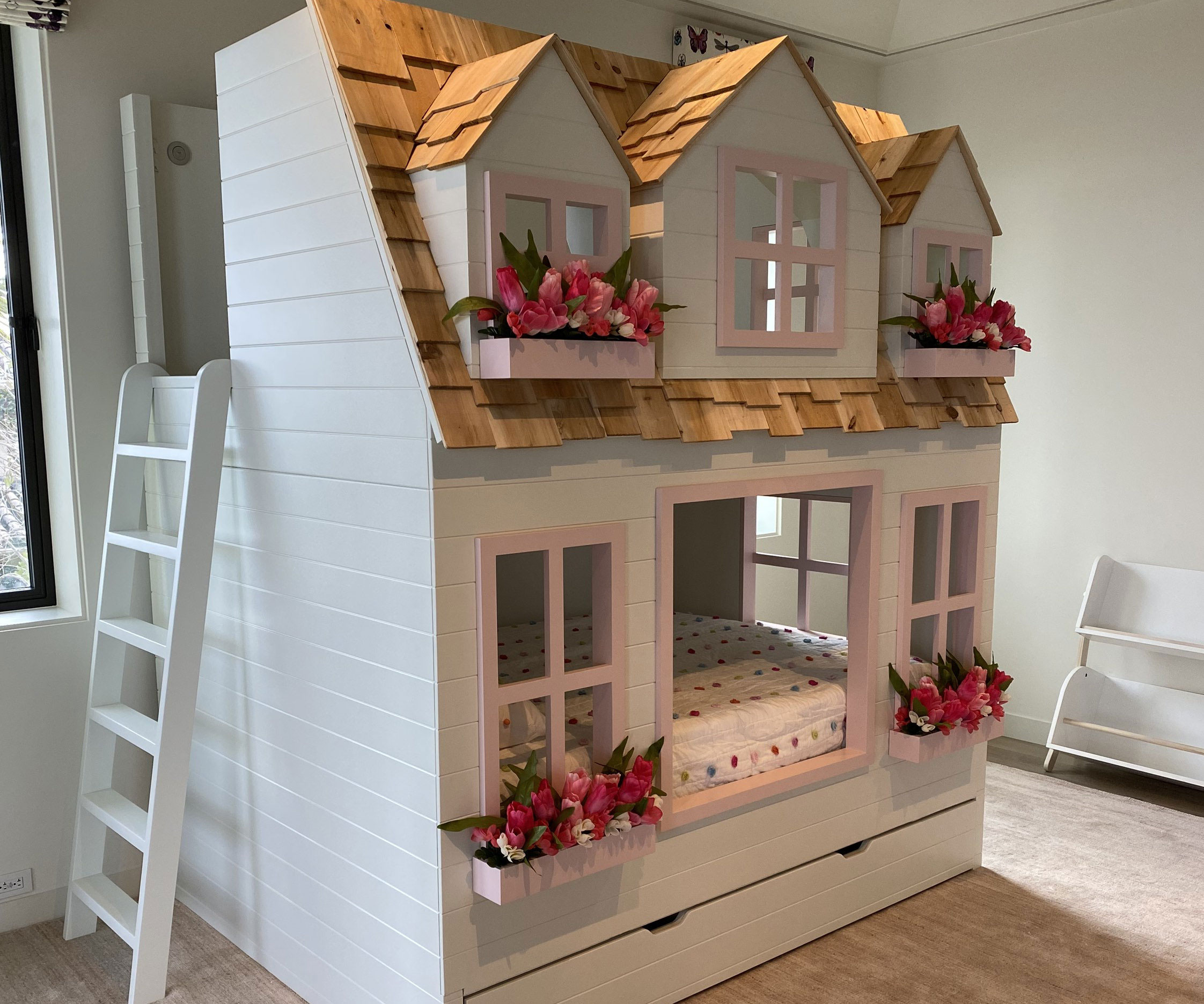 Giant Dollhouse Bunk Bed 1