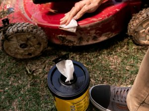 Heavy Duty Cleaning Wipes 1
