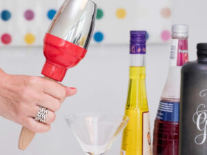 Maraca Cocktail Shaker