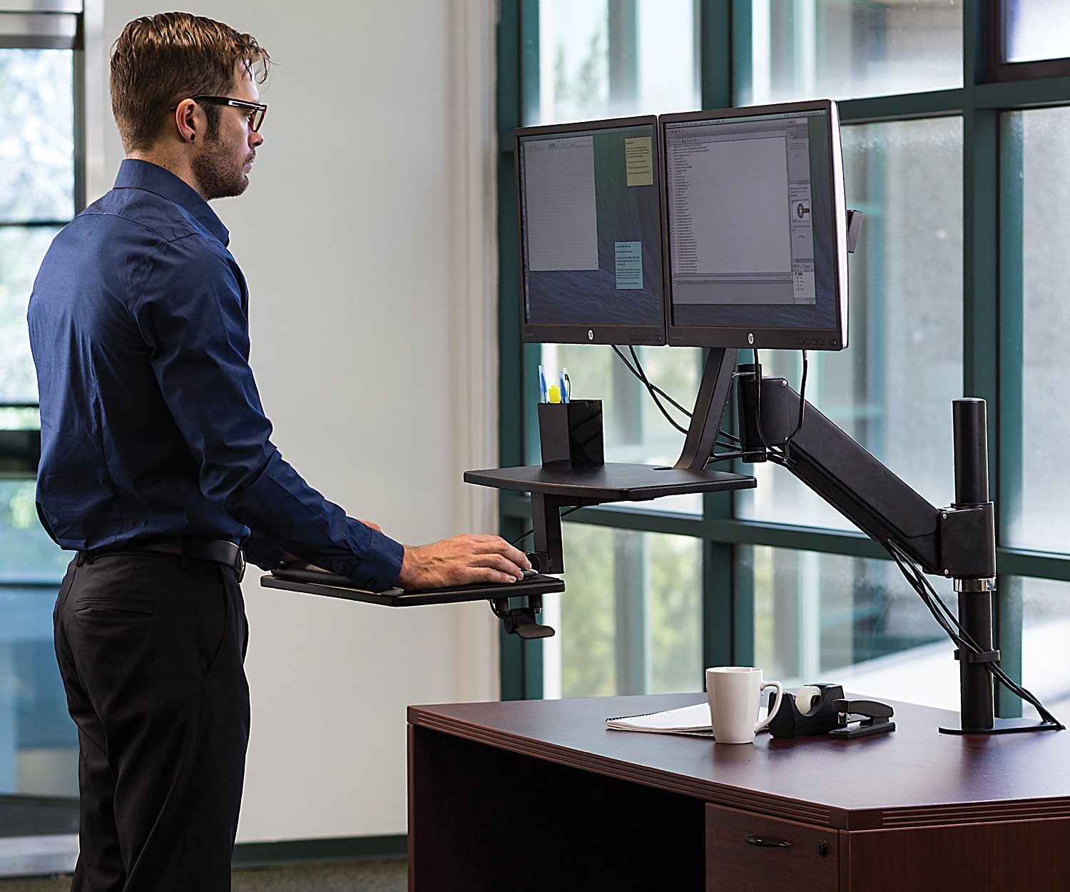 Mounted Sitstand Desk 1