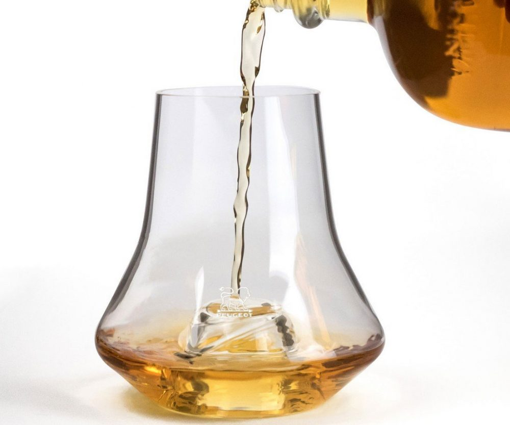 Whiskey Tasting Glass With Chilling Base